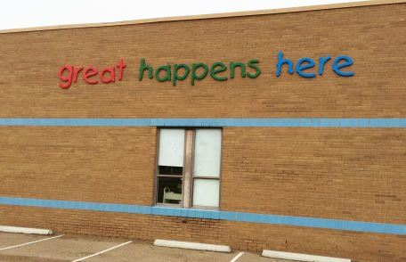 Drummonds Elementary Formed Plastic Letters