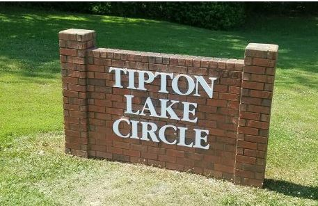 Tipton Lake Cast Aluminum Letters Gloss White