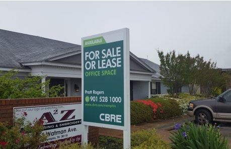 cbre 4x6 vertical real estate sign post and panel