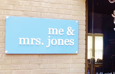 Me-and-Ms-Jones-Dibond-Sign-with-3D-Letters